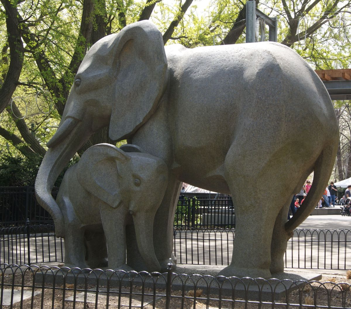 cancerinmythirties.wordpress.com breast cancer thirties 30s 30's kiss elephant mom baby
